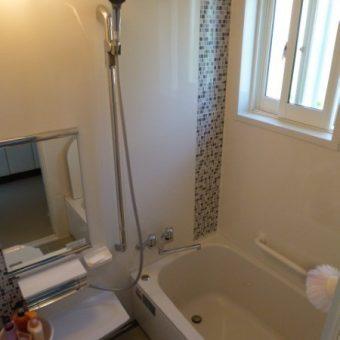 在来浴室から、お掃除しやすく暖かいシステムバスへ施工事例!石狩市
