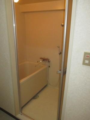 既存浴室51