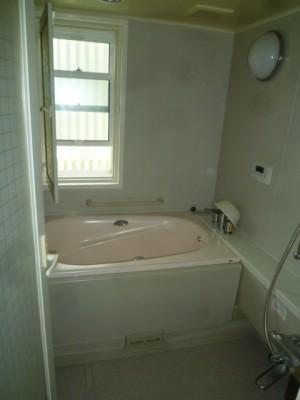 既存浴室14