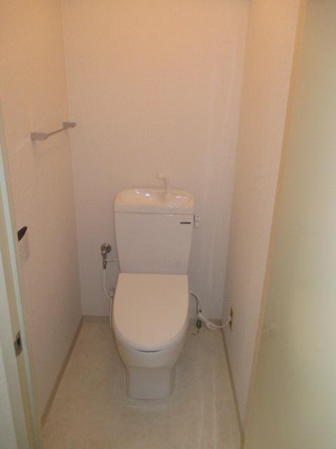 タカラスタンダードの住宅用トイレ『ティモニFTシリーズ』