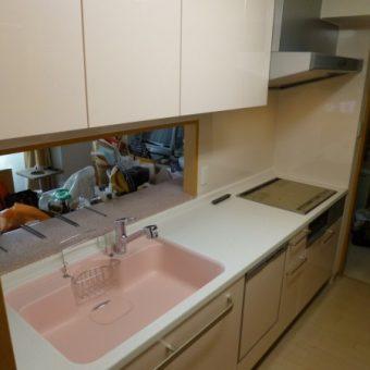 人造大理石が魅力のトクラスシステムキッチン『Berry(ベリー)』へ! 札幌市