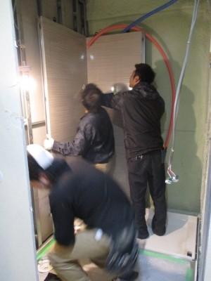 浴室パネル施工