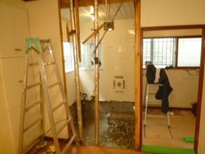 浴室窓ふさぎ