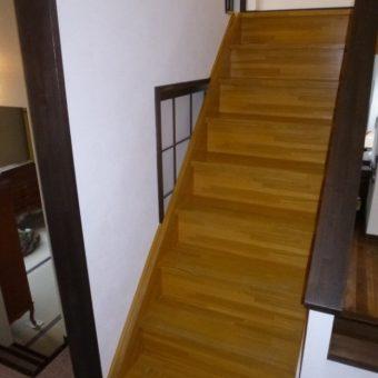 2階から3階への階段新設で、暮らしに安心を! 札幌市