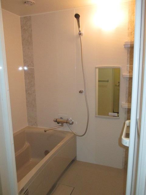 タカラスタンダードのシステムバス『伸びの美浴室』0.75坪