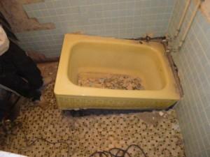 在来浴室解体