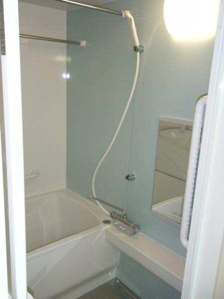 伸びの美浴室ホーロー