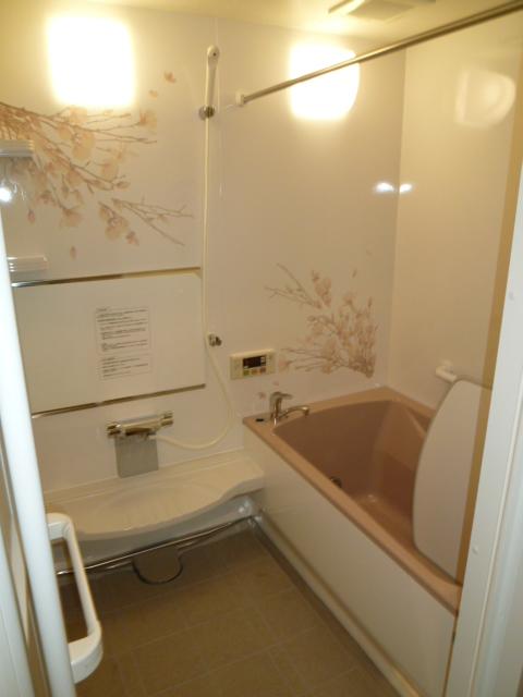 「ぴったりサイズ伸びの美浴室」