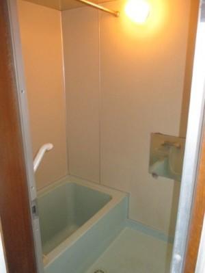 既存浴室103
