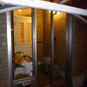 雪の季節の前に!!玄関風除室新設 札幌市戸建住宅