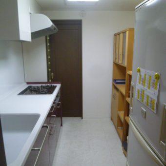 マンションでキッチン移設、(旧ヤマハ)現トクラス『ベリー』で対面式に!!