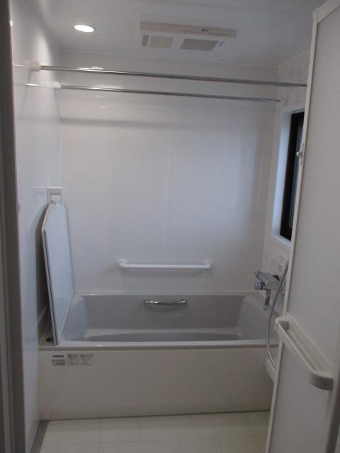 『伸びの美浴室』1坪サイズ相当/1418サイズ