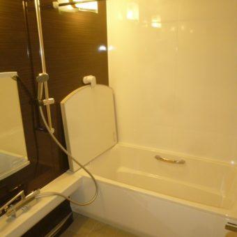 浴室全部があたたかい、タカラスタンダードの『伸びの美浴室』 札幌市