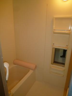 既存浴室76