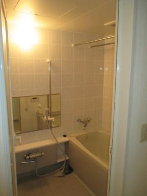 既存浴室151