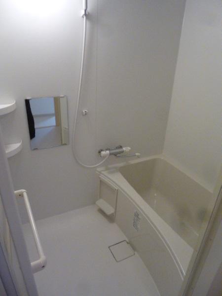 LIXIL集合住宅用ユニットバスルーム『BWシリーズ』1216サイズ