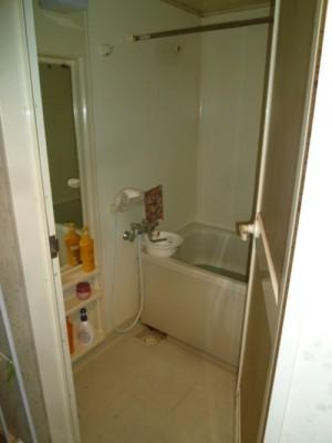 既存浴室11
