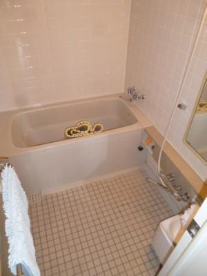 既存浴室144