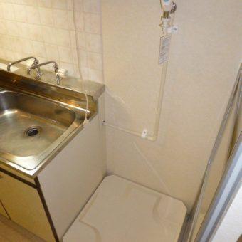 札幌市中央区賃貸マンション 洗濯機置き場新設工事