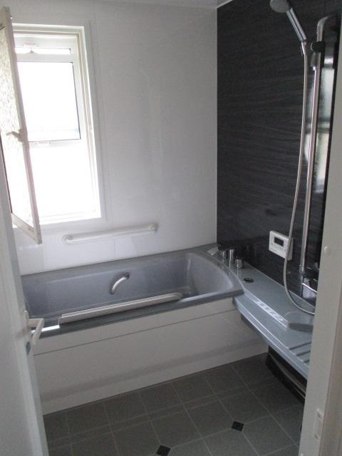 タカラスタンダードの『ぴったりサイズ伸びの美浴室』