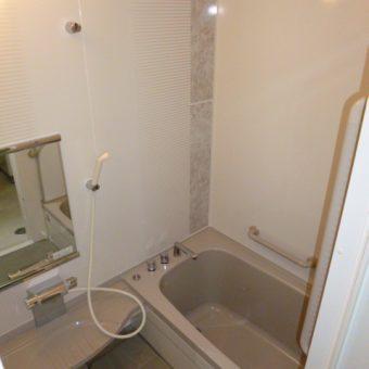 高品質ステンレス浴槽のエメロードへの浴室リフォーム 札幌市