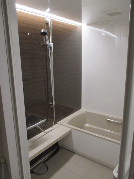 『伸びの美浴室/ベーシックタイプ』1418サイズ