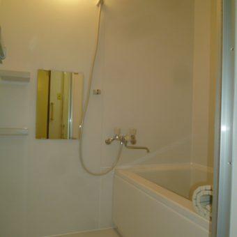 賃貸マンションのタイル浴室をユニットバスへリフォーム 札幌市
