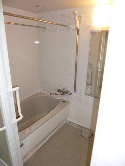 タカラスタンダード システムバスルーム ぴったりサイズ伸びの美浴室
