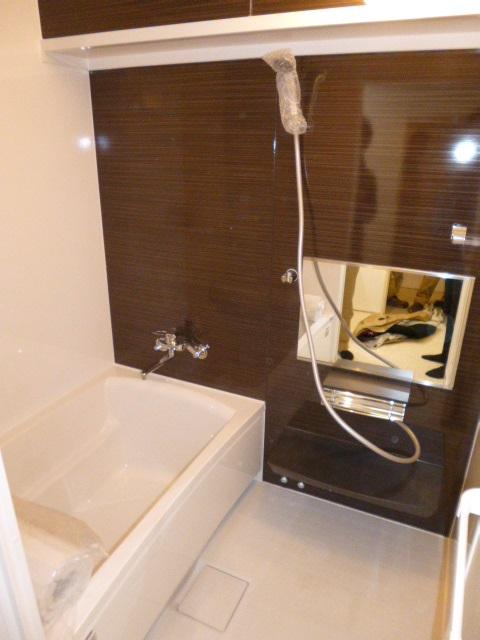 タカラスタンダードシステムバス『伸びの美浴室』0.75坪(1216)サイズ