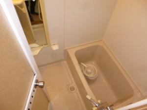 既存浴室121