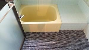 小さな浴槽