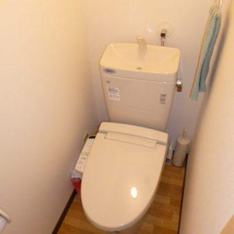 使い勝手の悪かったトイレを拡張 広々トイレへ!! 豊平区中の島 マンション