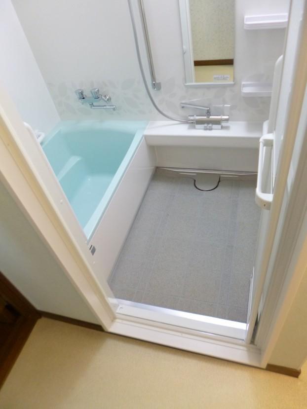 伸びの美浴室1216サイズ
