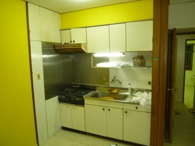 施工前ブロックキッチン