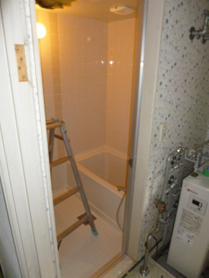 既存浴室25