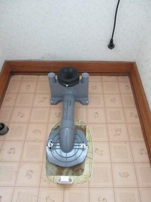 トイレ撤去2