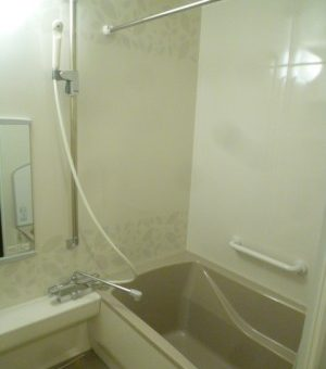 アクリル人造大理石浴槽のタカラ伸びの美浴室へ マンションシステムバスリフォーム 札幌市