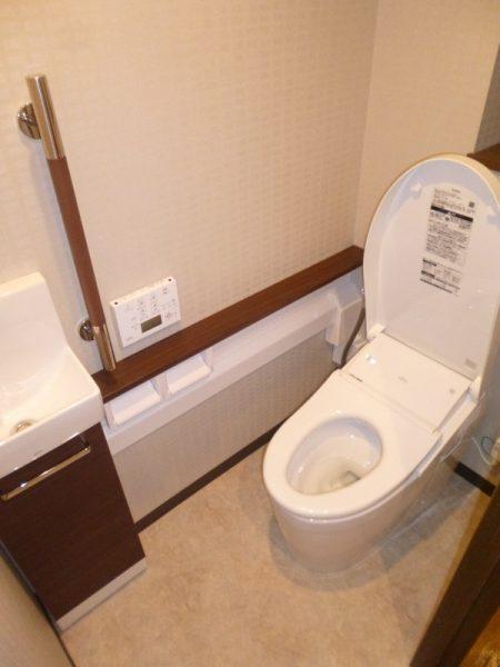 TOTO『ネオレスト(NEOREST)』ハイブリッドシリーズ手洗い器付