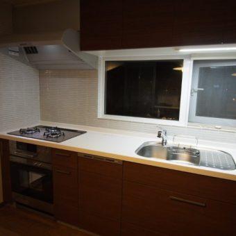 札幌市清田区戸建住宅 システムキッチンLIXIL『アレスタ』へ