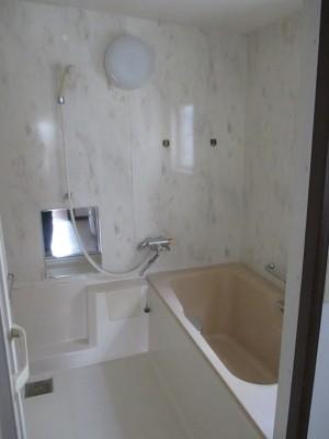 既存浴室15