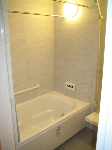LIXIL INAXのマンションリフォーム用システムバスルーム『リノビオV』
