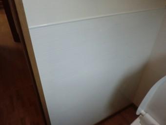 タカラスタンダードのホーロークリーントイレパネル