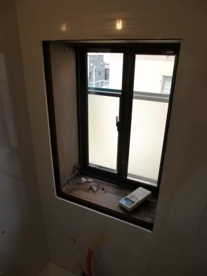 窓ありバスルーム