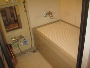既存浴室32
