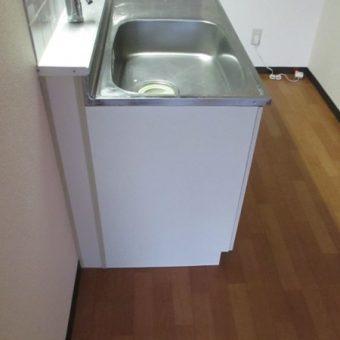 札幌市清田区賃貸マンション キッチン側板補修工事
