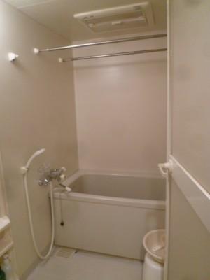 既存浴室16