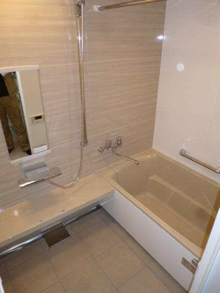 タカラスタンダードのぴったりサイズシステムバス『伸びの美浴室/ベーシックJタイプ』