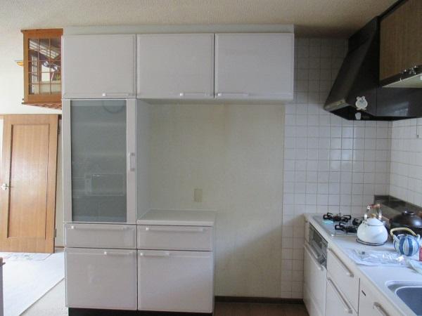 『エーデル』食器棚
