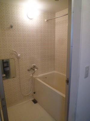 既存浴室74