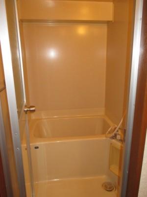 既存浴室18